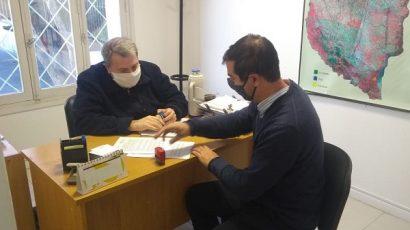 Ley de plaguicidas: acuerdo con el Ministerio de Producción para su aplicación
